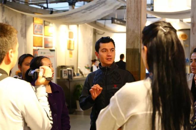 乌兹别克斯坦友人与中国传统手工艺的奇妙邂逅